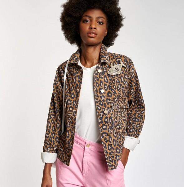 Jeansjacke in Oversize Form mit Leoparden Print