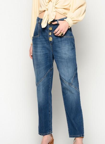 Jeans mit Schmuckknöpfen Mom Fit