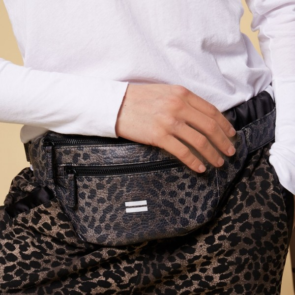 Gürteltasche / Bauchtasche / Bodybag veganes Leder in Leopard Braun-Schwarz