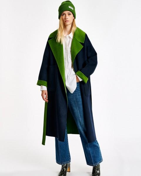 Wendemantel aus einer Wollmischung in Grün / Blau