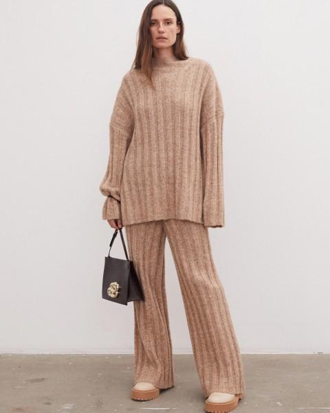 Pullover mit breiten Rippen in Rehbraun Melange