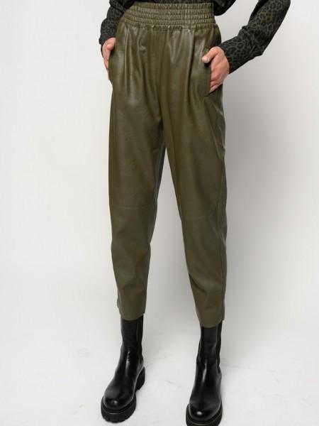 Hose in Lederoptik Militär Grün