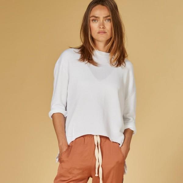 Sweatshirt mit 3/4 Arm und Rückenschlitz Weiß