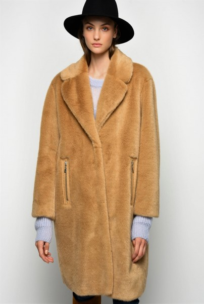 Mantel Fake Fur in Nerzoptik Camel